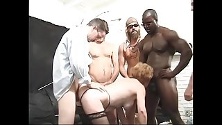 Granny Diana Richards with lot of apetite loves to take it from black to white men