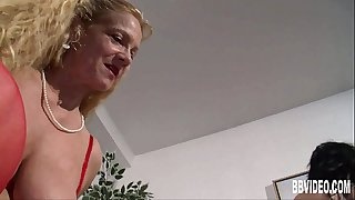 German couple fucking for an old woman