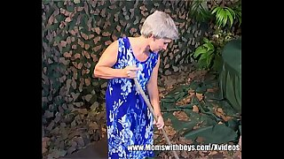 Grey Haired Slim Granny Old Pussy Fucked