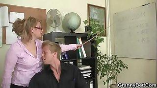 Mature office woman fucks her employee