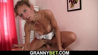 Skinny granny masseuse rides cock after blowjob