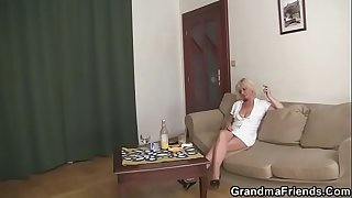 3some party with blonde granny widow
