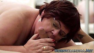Fat grandmas pussy plowed