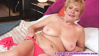 Hairy granny with bigtits gets fucked nicely