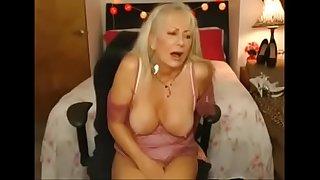 Sexy Granny cumming on webcam more at hotpornocams.com