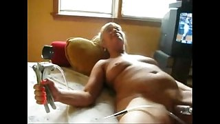 Watch my old slut pumping her clit. Amateur older