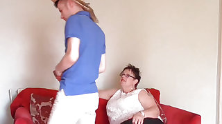 Youthful gardener Sam Bourne with large pecker is too working on big beautiful woman granny