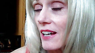 Blonde Amateur Grandma Talks Sex And More